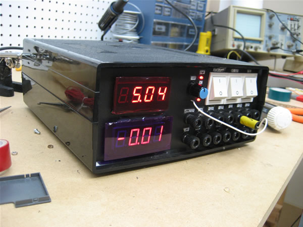 30V 10A Variable Bench Power Supply